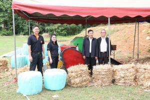 ก.วิทยฯ ส่งมอบเครื่องม้วนอัดก้อนชีวมวลมัดเชือกอัตโนมัติ เพื่อช่วยลดปัญหาหมอกควันและไฟป่า พร้อมทั้งสร้างอาชีพเสริมให้เกษตรกร ตำบลท่าผา อำเภอแม่แจ่ม